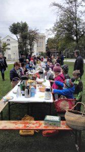 die grösste Picknick-Tafel von Finsing